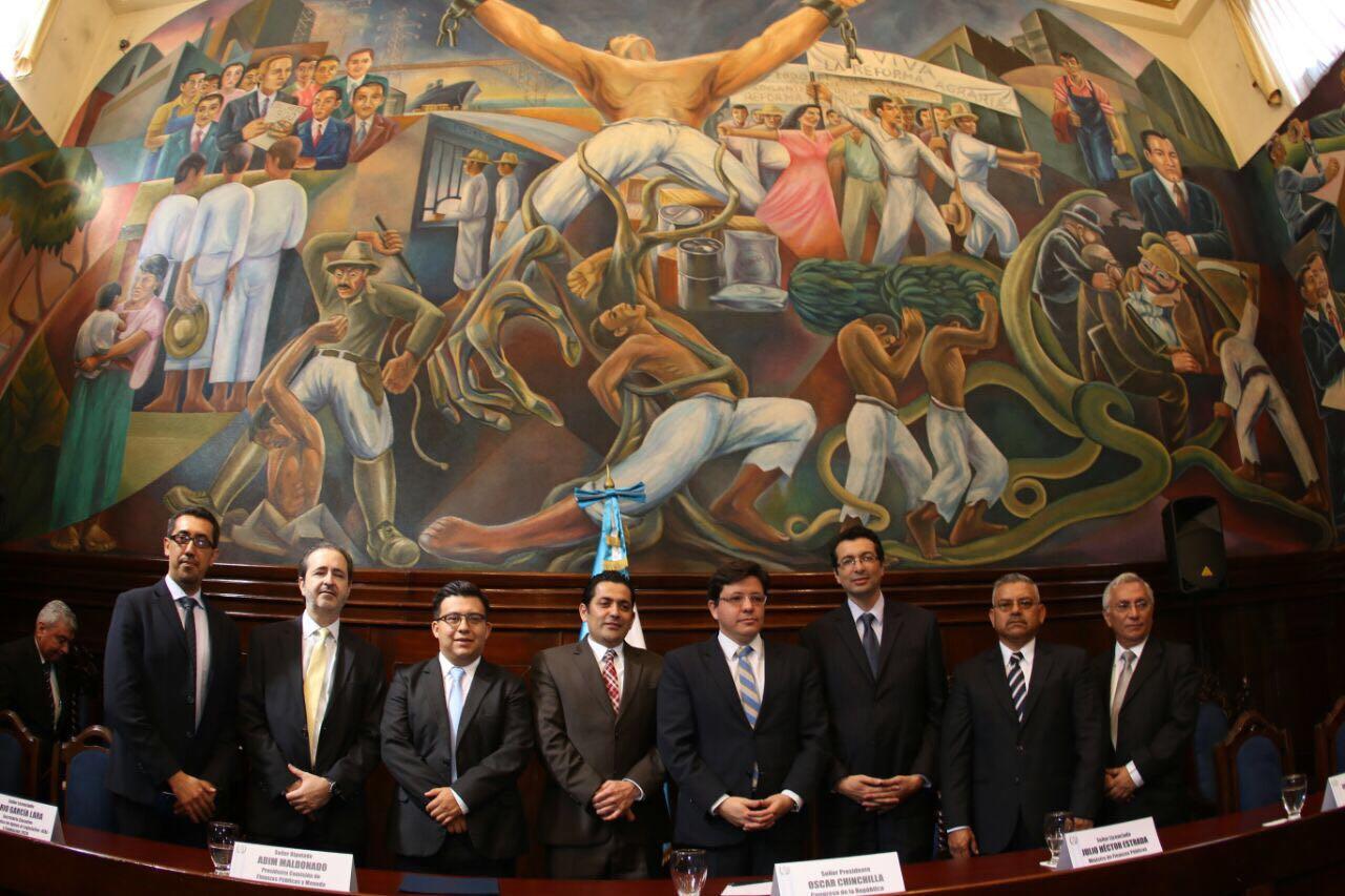 Convenio para la apertura de la comisión de finanzas públicas y moneda