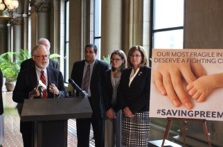 Legislators, doctors want Medicaid coverage of donor breast milk for premature babies