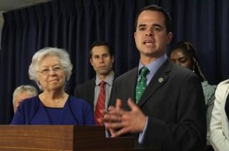 Legislation aims to close the wage gap