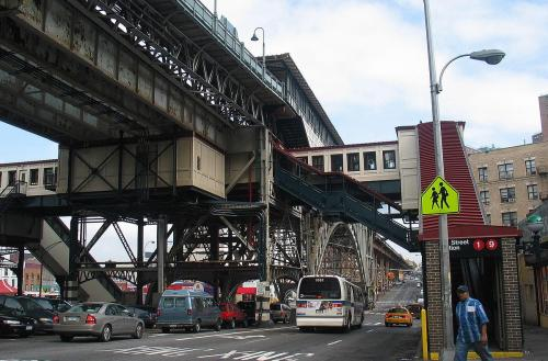 Bill would require study of lead paint levels at elevated train tracks