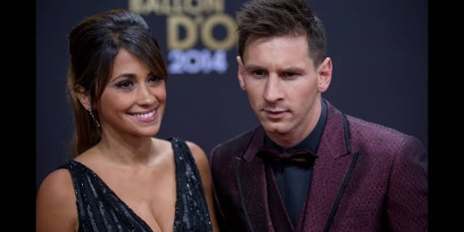 WATCH: Barcelona player Lionel Messi Caught Pressing Nyash (SEE VIDEO)