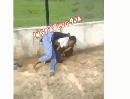 Blogger Beaten For Including a Lady on top 10 ashawo in Bayelsa 2019 (VIDEO)