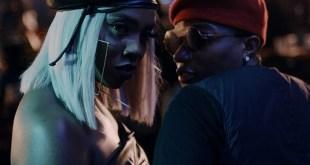 Tiwa Savage Begs Wizkid to Grab her Nyash (SEE VIDEO)