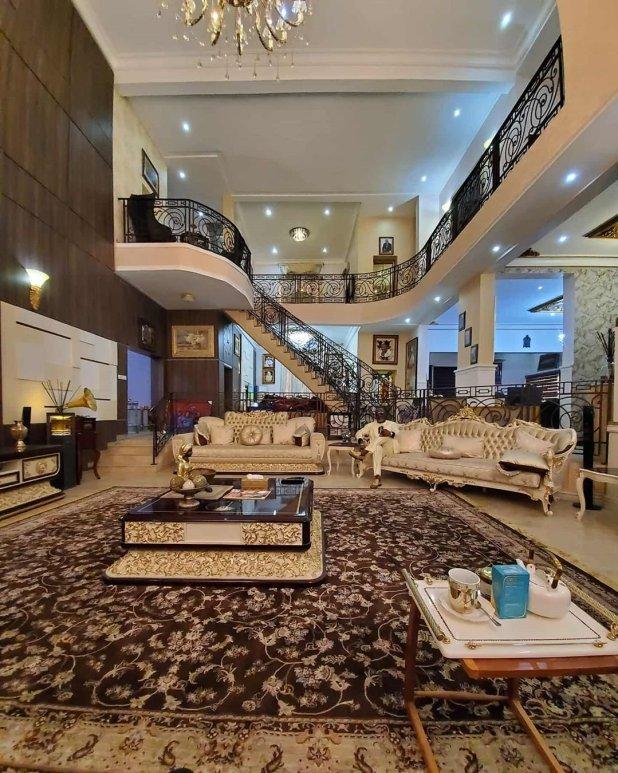 Senator Dino Melaye shows off his multi million naira mansion (SEE PHOTOS)
