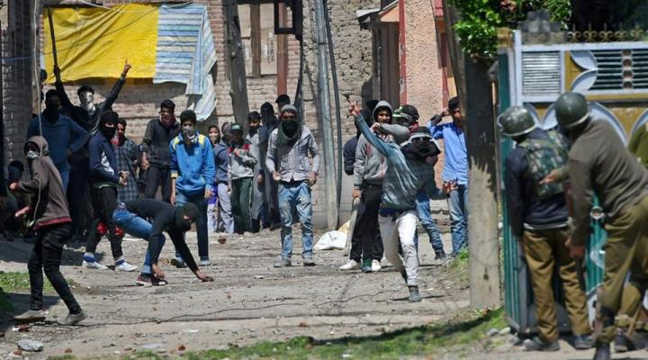 Kashmir Bypoll: 7.14% Voter Turnout in Srinagar, 8 Dead
