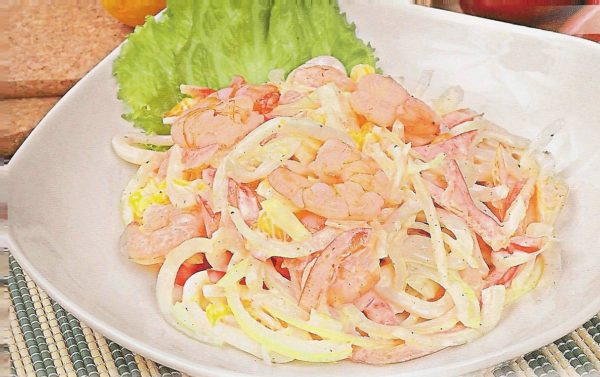 Кальмармен салат