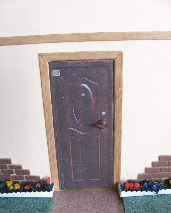 Domika dveře