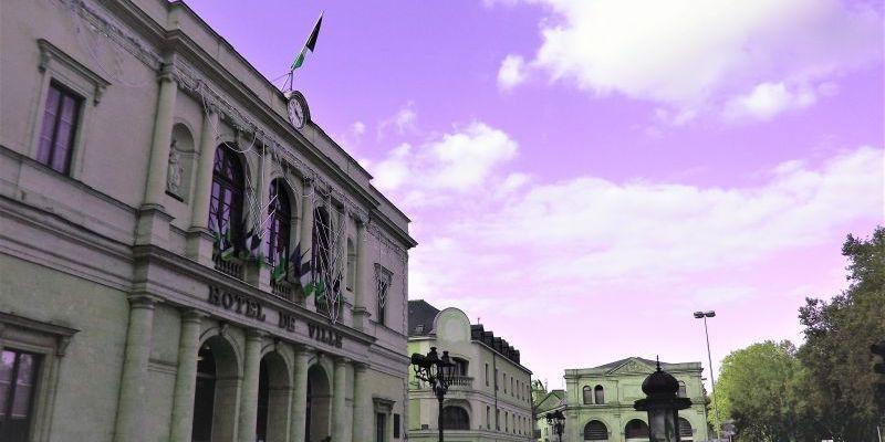 l'hôtel de ville de Laval à la veille de la victoire de la gauche