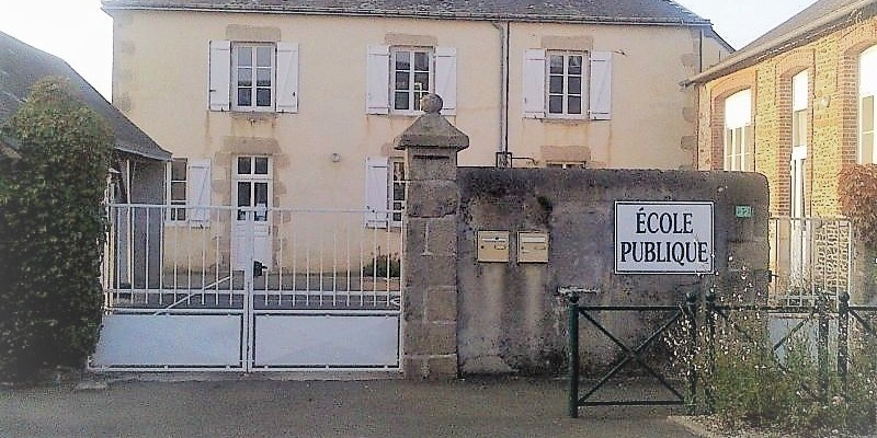 Une école publique en Mayenne