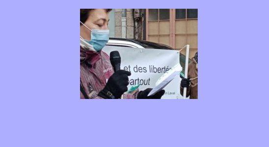 Anne Degeorges Devant le Palais de Justice de Laval en Mayenne Anne Degeorges prend la parole