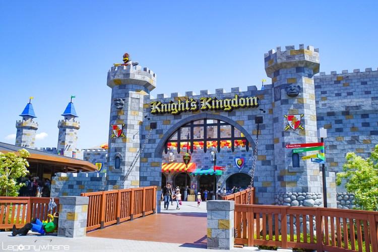 名古屋レゴランドのナイトキングダム城門
