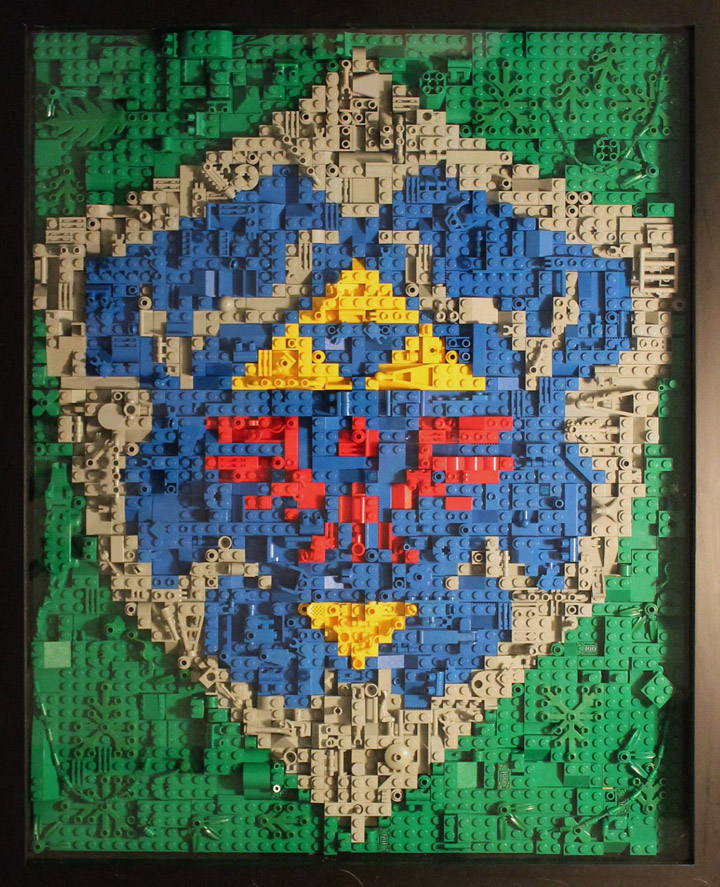 The Legend of Zelda  Link s Hylian Shield   A Lego Mosaic  Briotr s Lego Legend Of Zelda Link s Hylian Shield