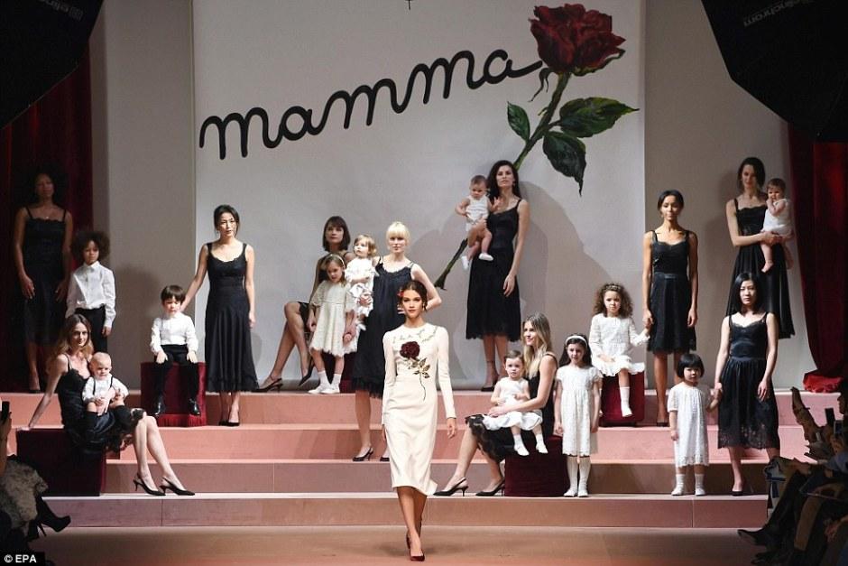 Dolce & Gabbana Momma Show