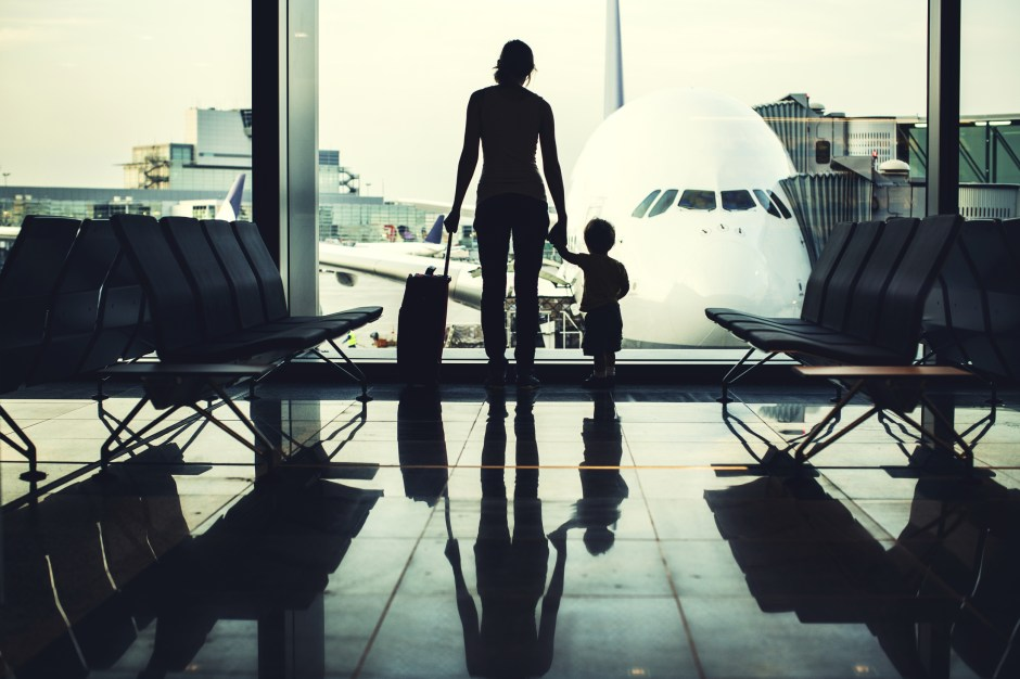 flying-alone-with-infant