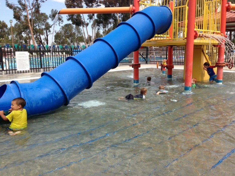 tierrasanta community pool for kids