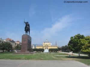 Statue Roi Tomislav - Zagreb