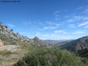 Paysage entre Benaoján et Cueva de la Pileta
