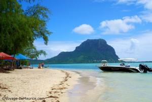 Photo de la plage de Belle Mare au Nord est de l'île Maurice