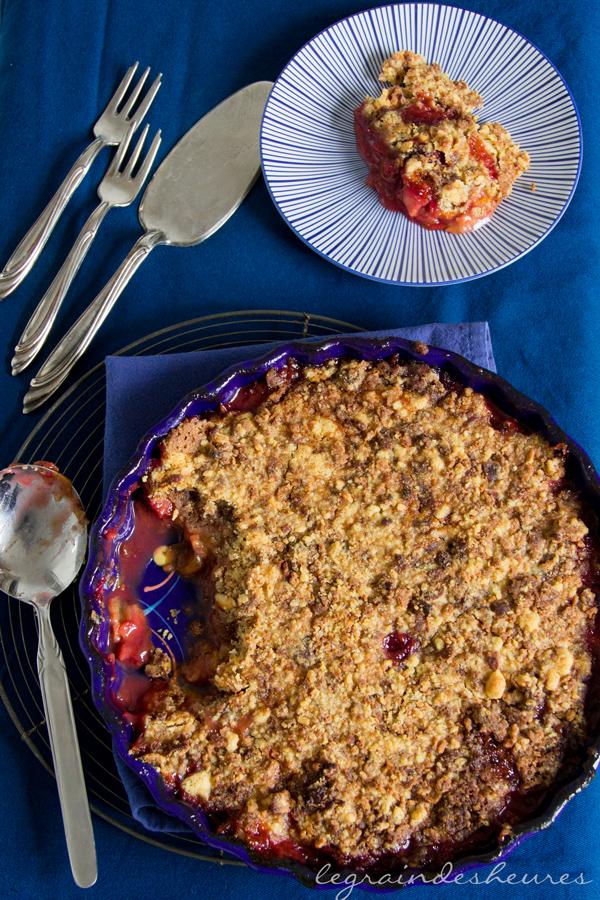 plat de crumble de prunes