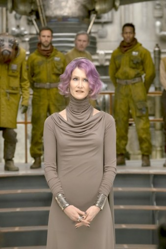laura-dern-star-wars-vice-admiral