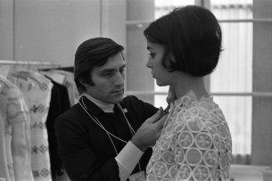1968Emanuel-Ungaro-Life-In-Pictures-Vogue-Rex-Features-19681110_1680
