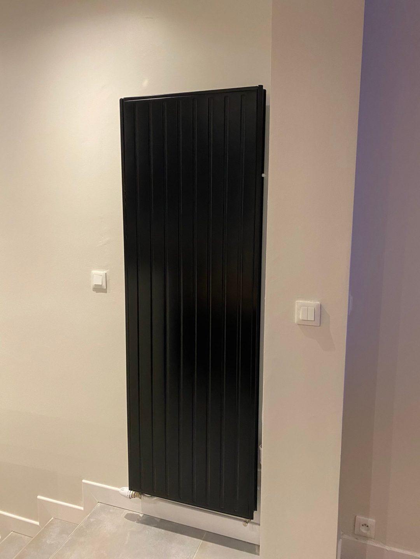radiateur à eau noir
