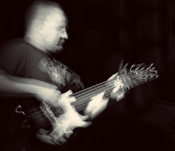 13-bass-DSCN0781
