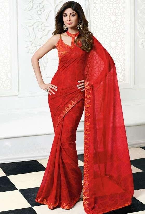 Shilpa Shetty Gives Saree Style a Stylish Twist!