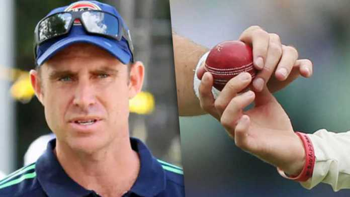 Matthew Hayden says, 'Allow players to use both saliva and sweat on ball, if they are virus free'