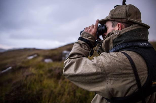 Leica-Hunting-Blog_Niall-Rowantree_Geovids-in-the-rain_Credit-Tweed-Media-klein