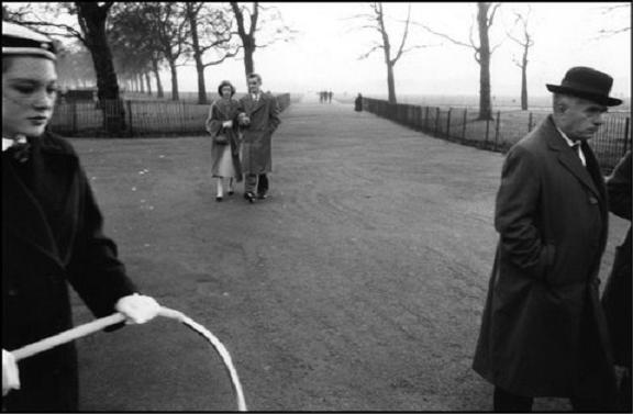 Sergio-Larrain-Echenique-London-1958