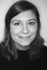 Porträtbild in schwarz weiß von Annabelle Seubert
