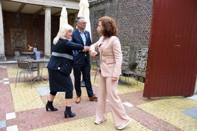 Lakenhal bezoek minister Ingrid van Engelshoven(9)