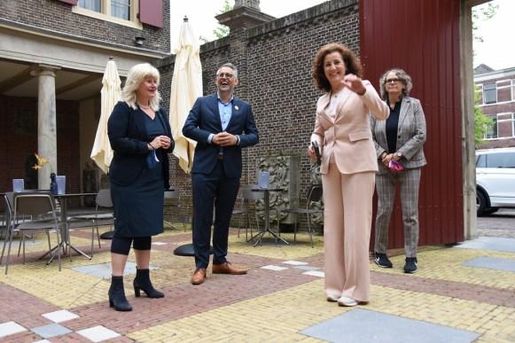 Lakenhal bezoek minister Ingrid van Engelshoven(18)