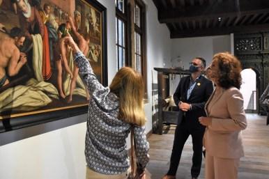 Lakenhal bezoek minister Ingrid van Engelshoven(60)