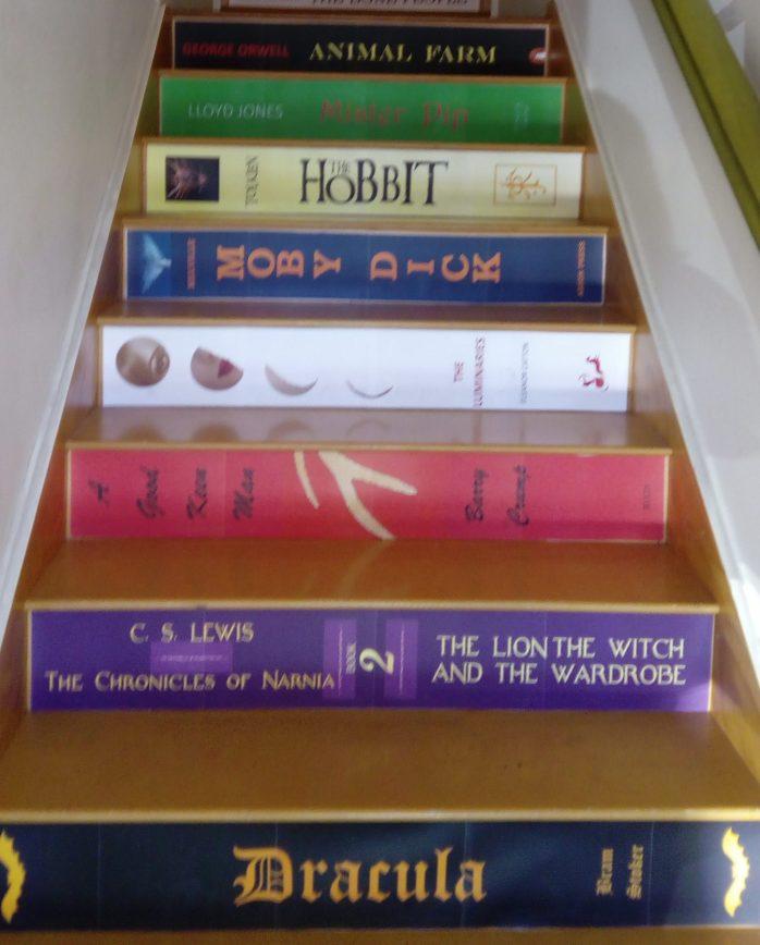 Atlantis stairs