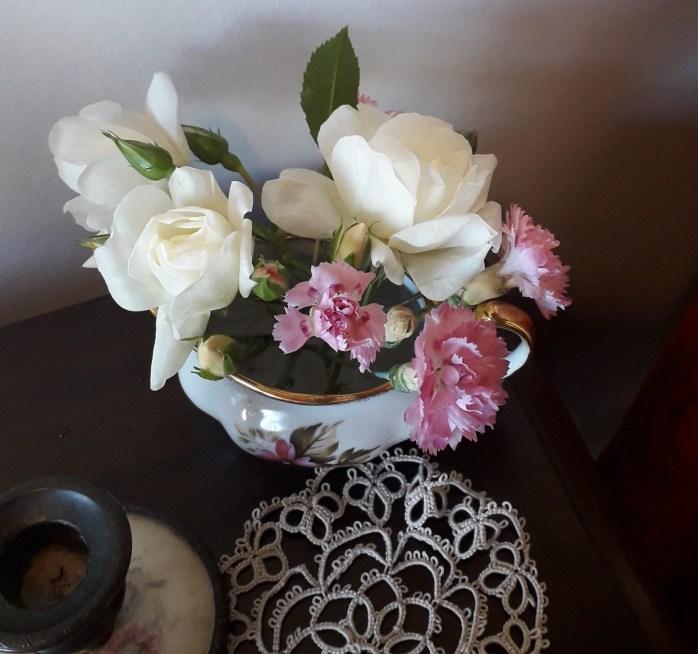 Flowers for romantic Regency dressing table