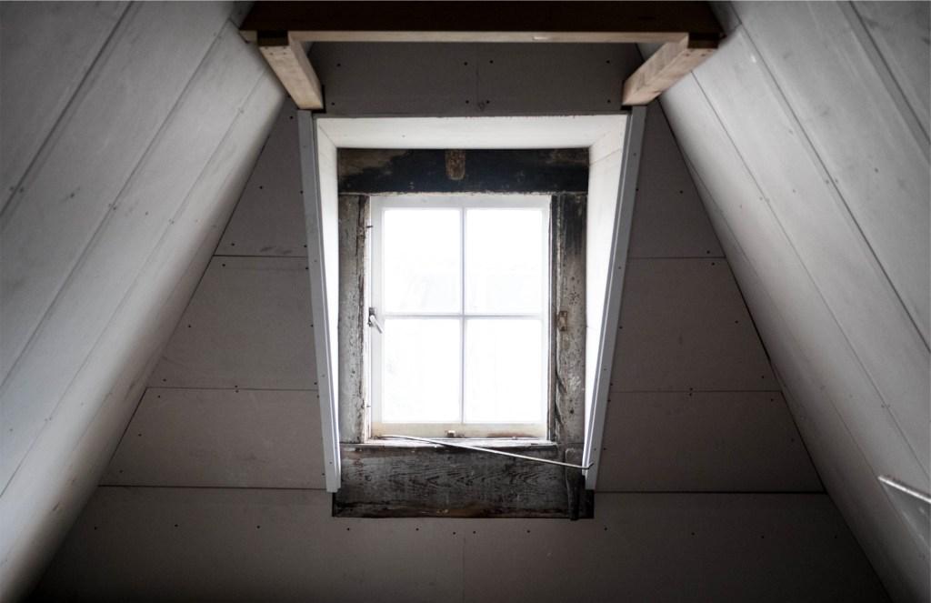 unsplash window