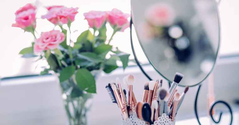 5 Tips to Declutter Your Makeup in the New Year
