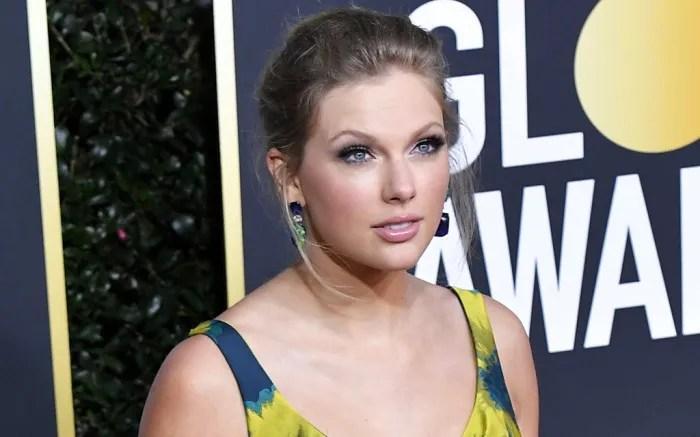 Taylor Swift Golden Globes Red Carpet Makeup