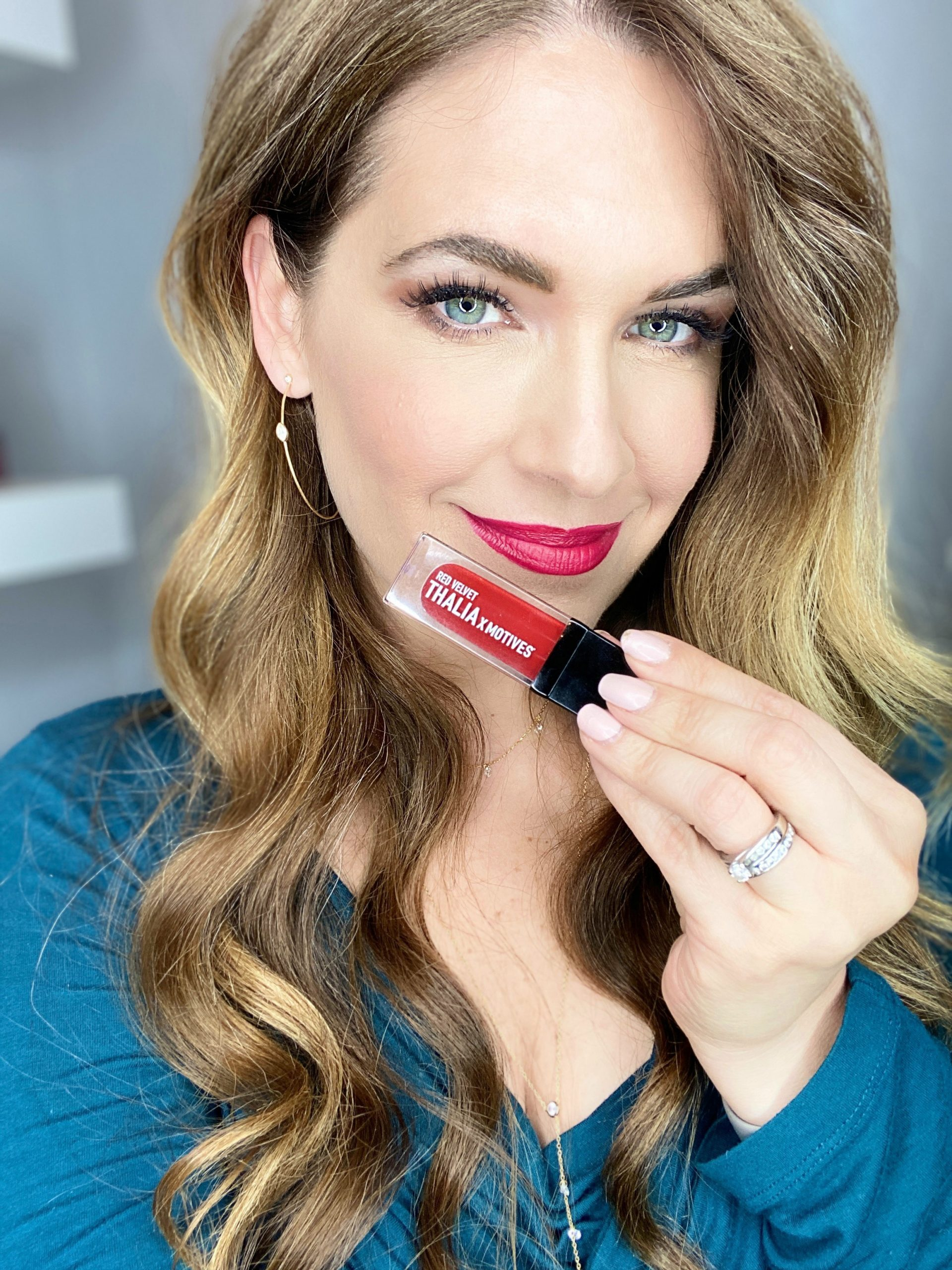 I Wore Red Lipstick For a Week and This is What Happened…