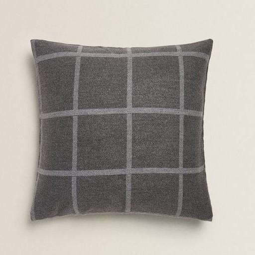 cosy autumn blog - grey check cushion