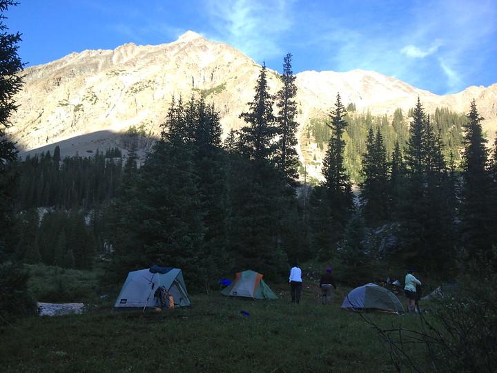 Maroon Bells Backpacking | Campfires & Concierges