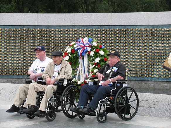 9.12.09 - Honor Flight Veterans at the WWII Memorial
