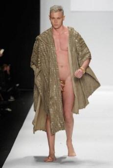 Mannenmode 2015: laat je piemol zien. | mannenmode-penis-new-york-2