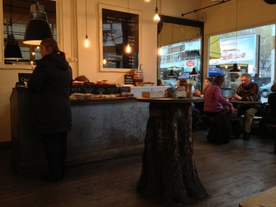 London: Vintage & Coffee | tapped-and-packed-1
