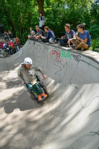 Wheelchair-skating-workship-with-David-Lebuser-Conne-Island-Photo-by-Stefan-Hopf-4.jpg?fit=334%2C500&ssl=1