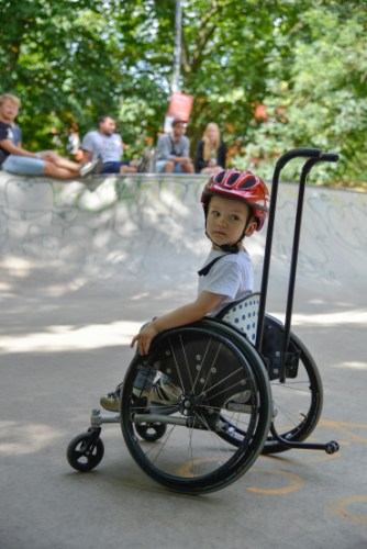 Wheelchair-skating-workship-with-David-Lebuser-Conne-Island-Photo-by-Stefan-Hopf-7.jpg?fit=334%2C500&ssl=1