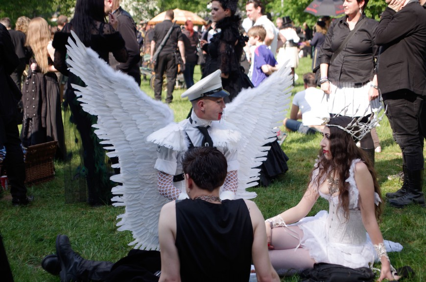Duong Le for Leipglo at WGT Goth Festival Victorian Picnic at Clara Zetkin Park (2016)
