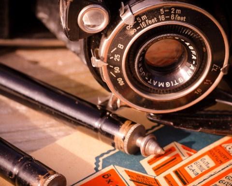 Vintage camera. (Photo: public domain)